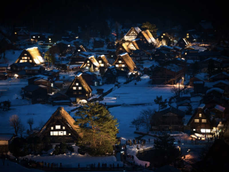 Partir en voyage à Shirakawa-go, une localité traditionnelle du Japon